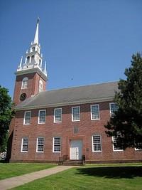 Twentieth-Century Wethersfield_300px-First_Church_of_Christ,_Wethersfield,_CT_-_4-thumb-320x426-714.jpg